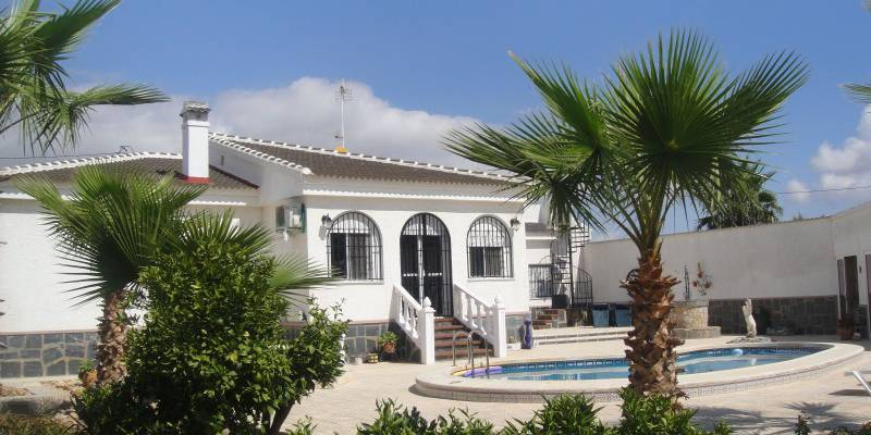 Buy Resale Finca in Los Montesinos Costa Blanca.  New & Resale Fincas