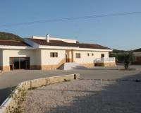 Resale - Finca / Country Property - Pinoso
