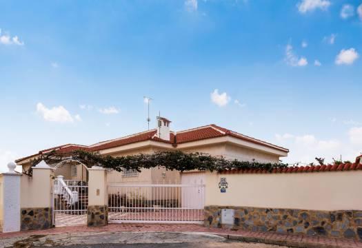 5 bedroom house / villa for sale in Ciudad Quesada, Costa Blanca