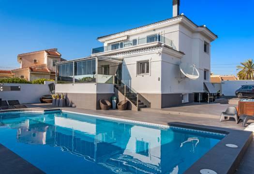 6 bedroom house / villa for sale in Ciudad Quesada, Costa Blanca