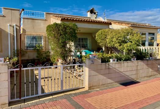 2 bedroom house / villa for sale in Algorfa, Costa Blanca