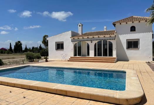 For sale: 3 bedroom finca in Almoradí