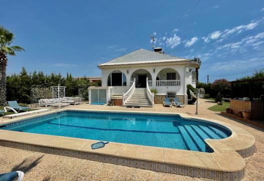 For sale: 5 bedroom house / villa in Los Montesinos, Costa Blanca