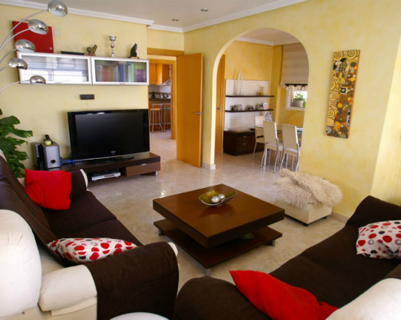 living-room-detached-villa-for-sale-monte-azul