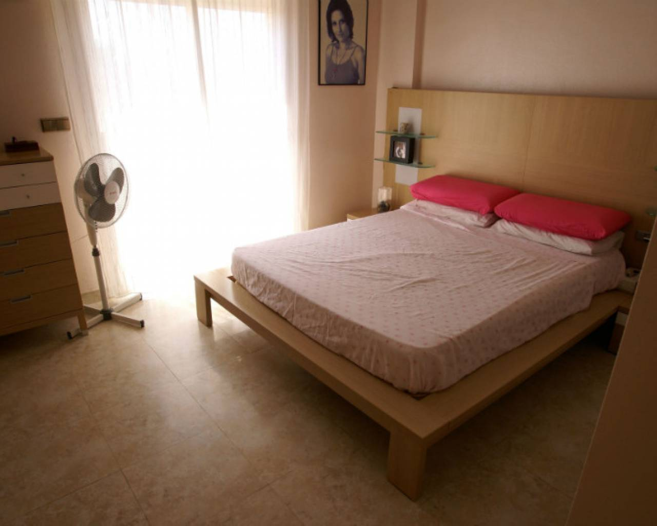 bedroom-resale-detached-villa-monte-azul