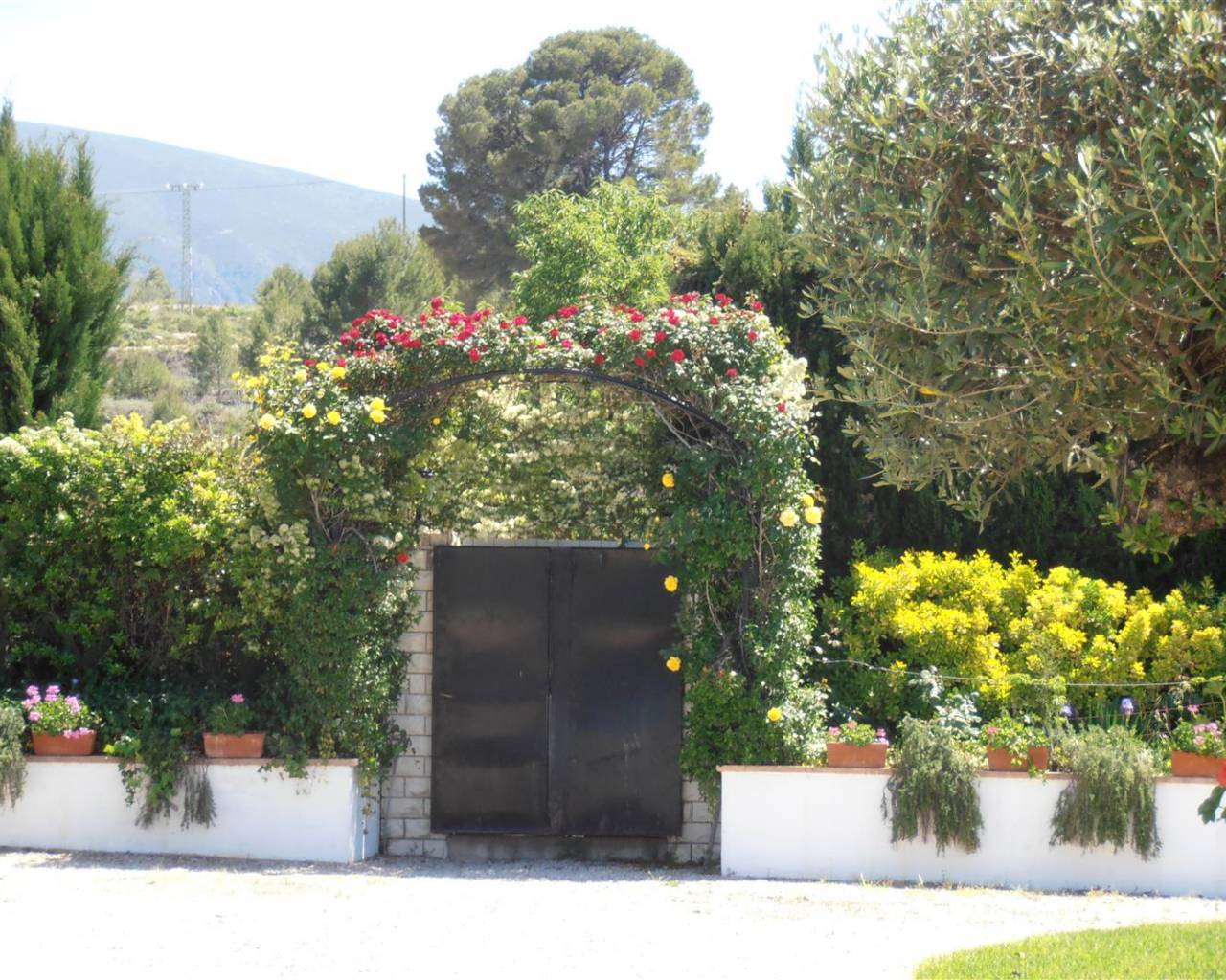 Resale - Finca / Country Property - Benimarfull
